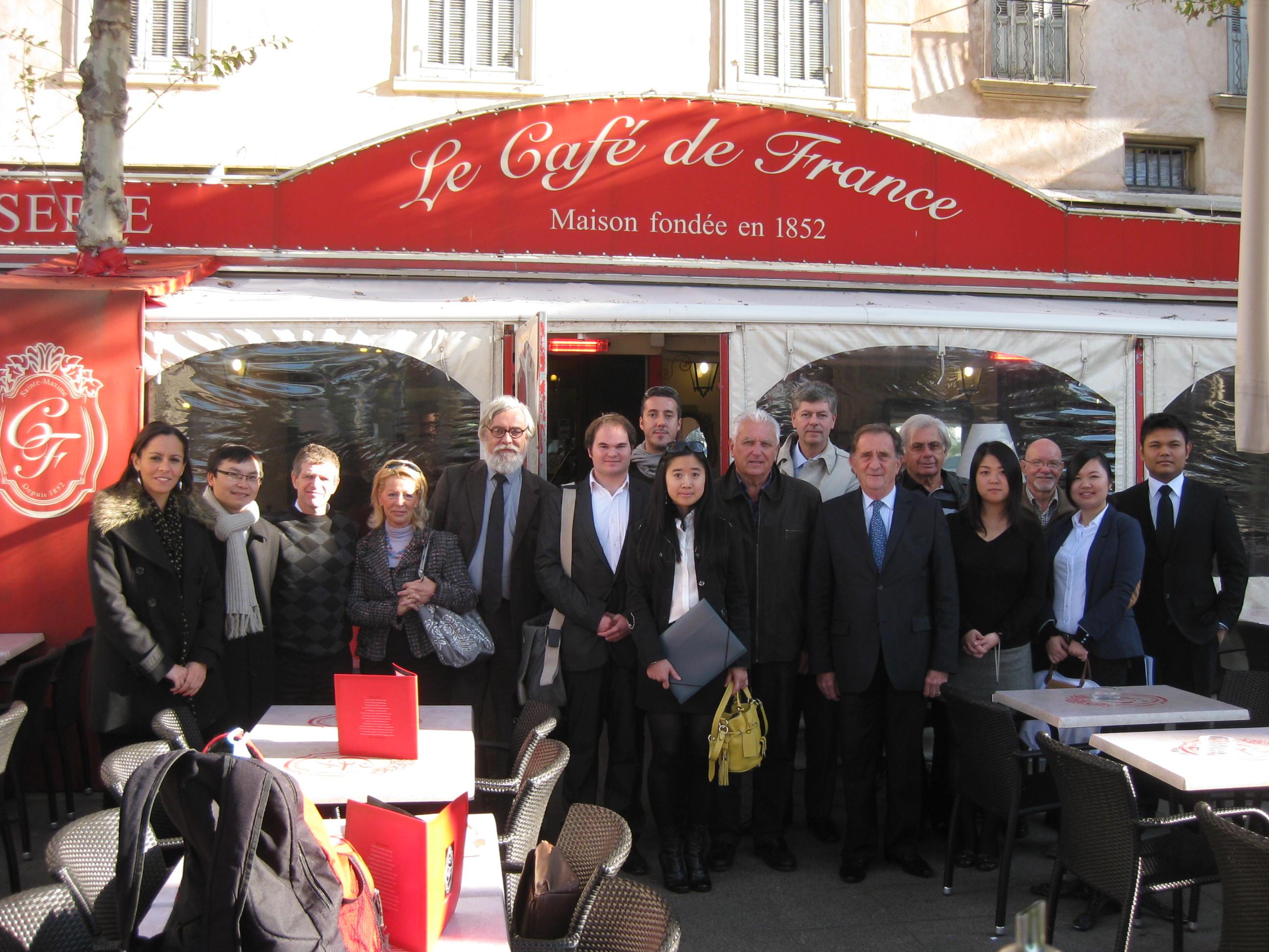 Photos jean michel couve re oit les tudiants de la sorbonne jean michel couve - Cafe de france sainte maxime ...
